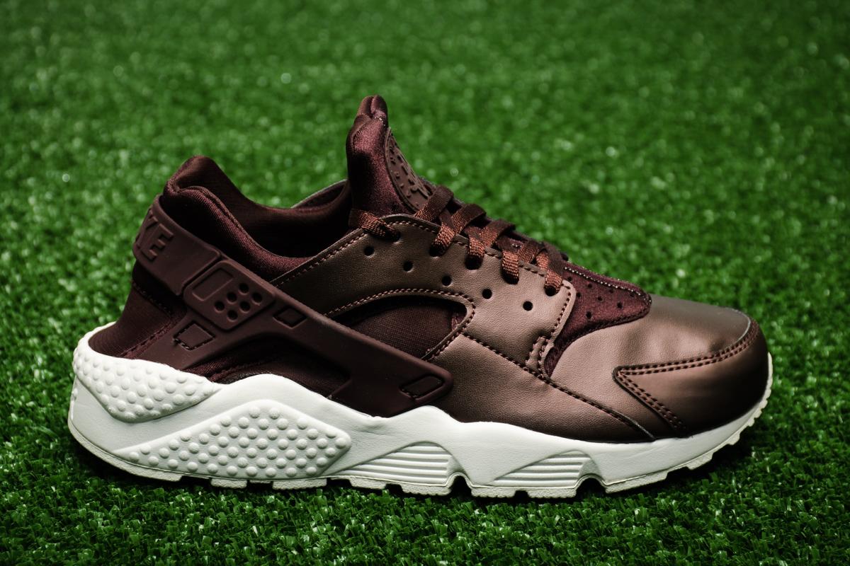 buy popular c7f6e 7d42f Nike Wmns Air Huarache Run Premium TXT ...