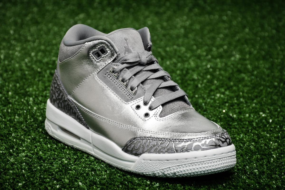 air jordan 3 retro premium chrome heiress shoes casual sporting goods. Black Bedroom Furniture Sets. Home Design Ideas