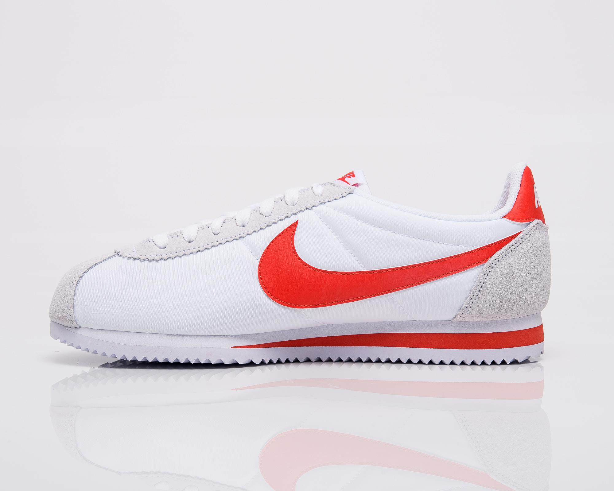 Kobe 9 Masterpiece On Feet Nike Classic Cor...
