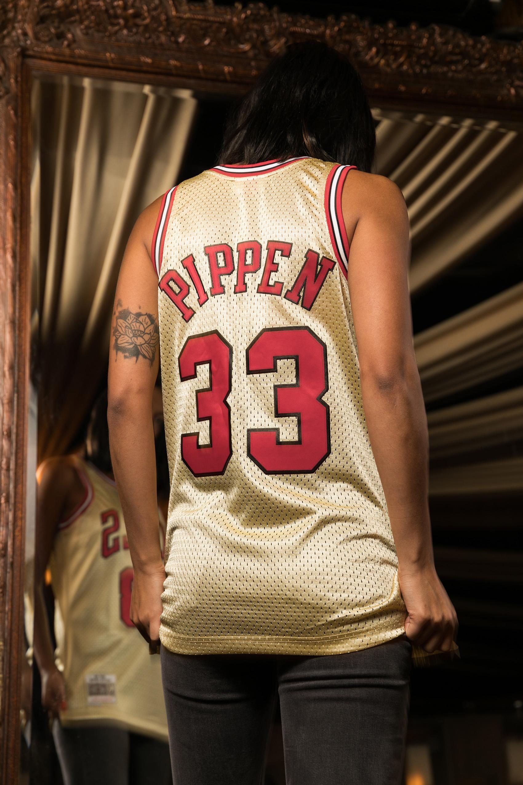 539f6cd0b Mitchell   Ness NBA Scottie Pippen 33 1997 Gold Swingman Jersey ...