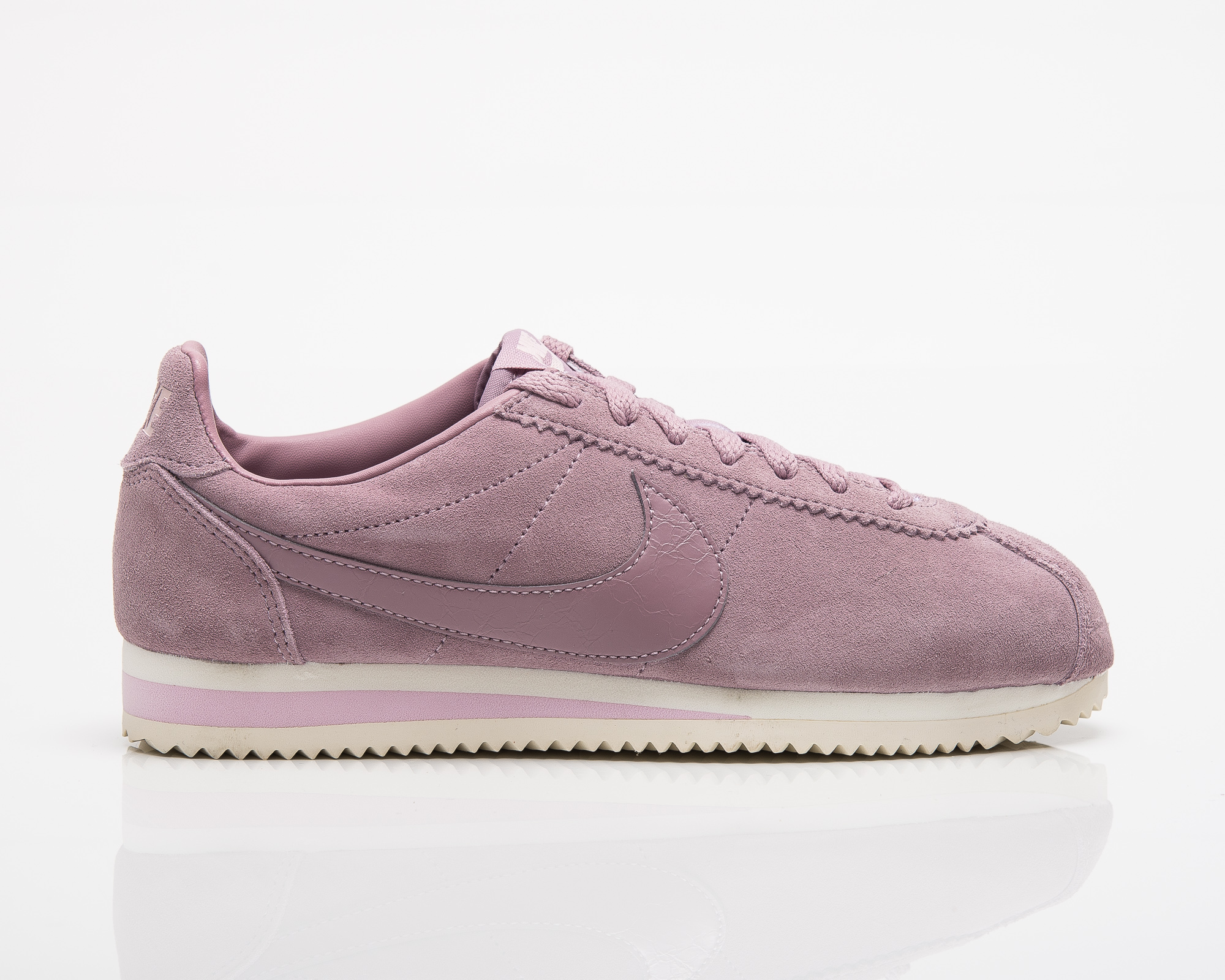 5bb88206cb0 Nike Wmns Classic Cortez Suede - Shoes Casual - Sporting goods