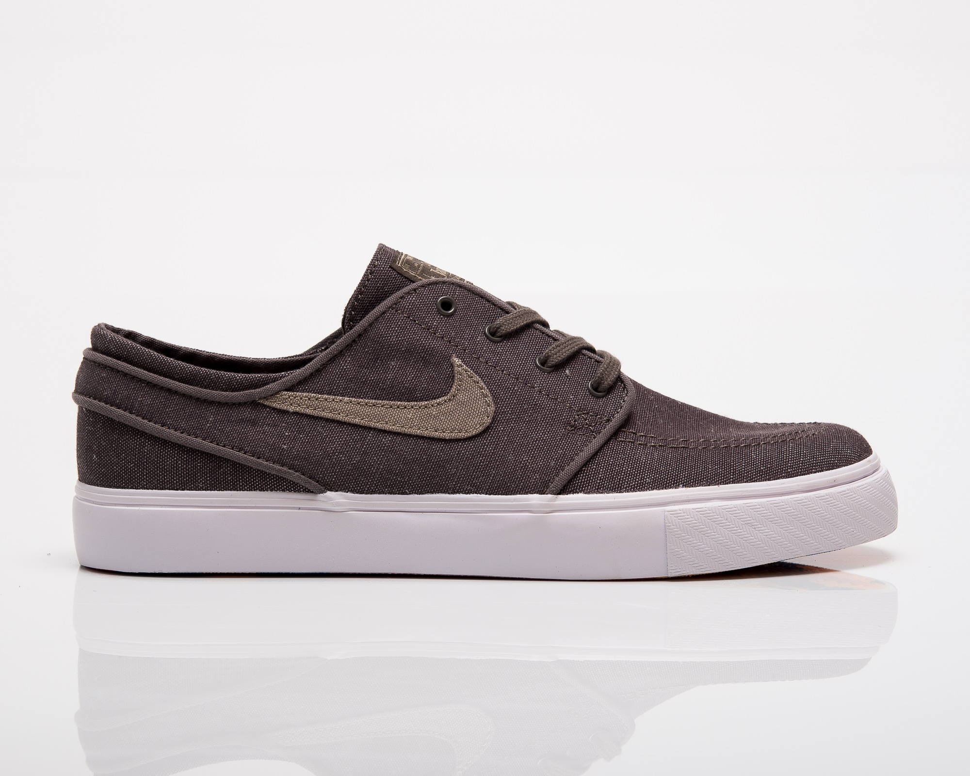 f25551701911 Nike SB Zoom Stefan Janoski Canvas Deconstructed - Shoes Casual ...