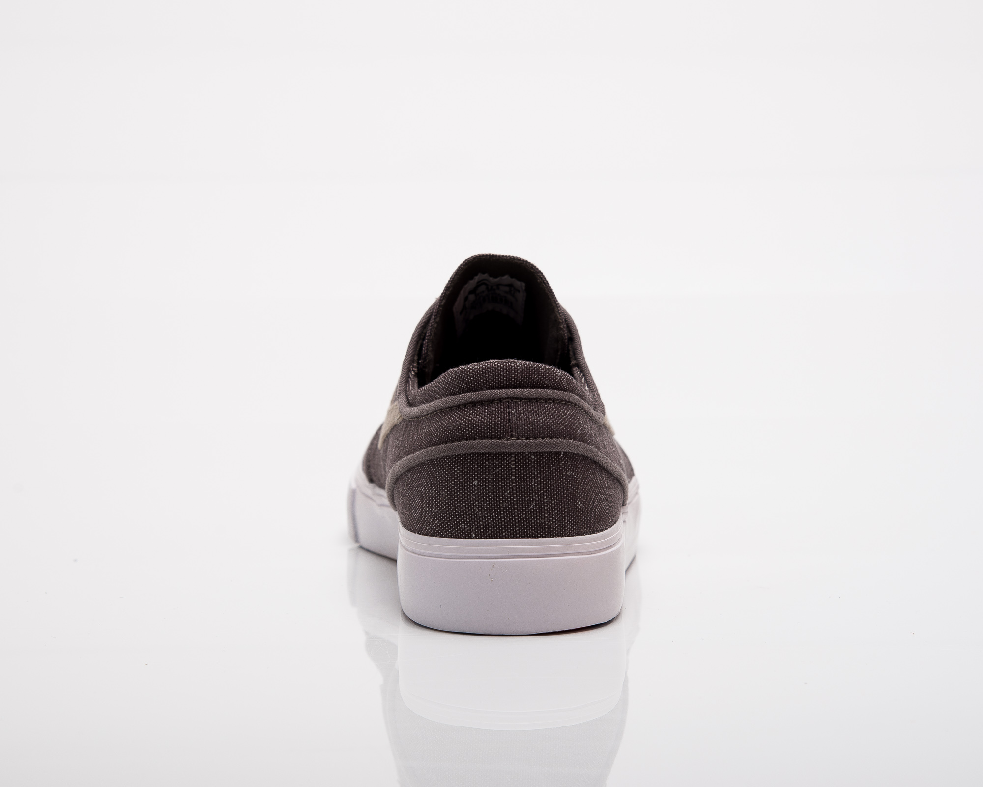 reputable site fd5f9 6a07b Nike SB Zoom Stefan Janoski Canvas Deconstructed - Shoes Casual ...