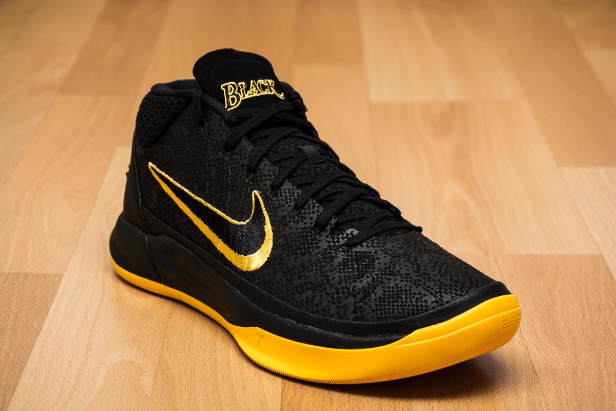 Mens Nike Lebron X Basketball Shoes