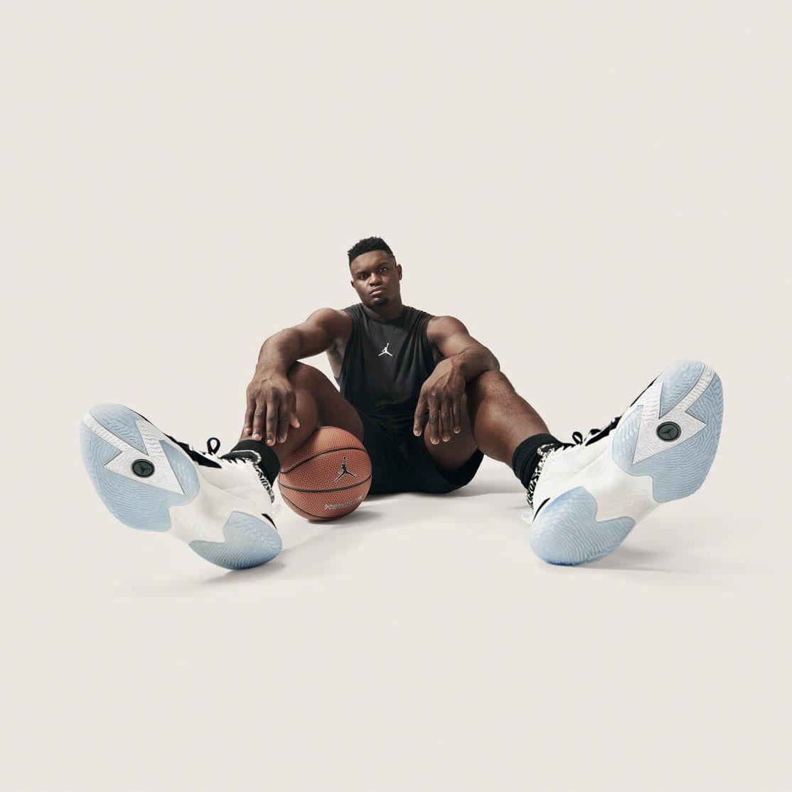 Pristatyti pirmieji vardiniai Zion'o Williamson'o krepšinio kedai